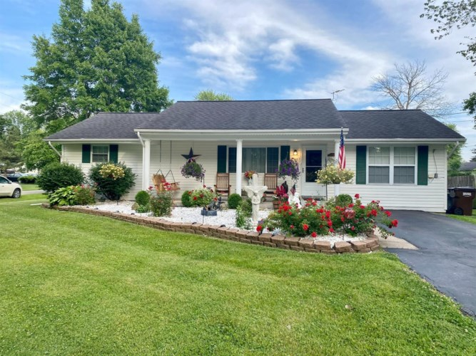 5301 Clearview Avenue, Blanchester, OH 45107