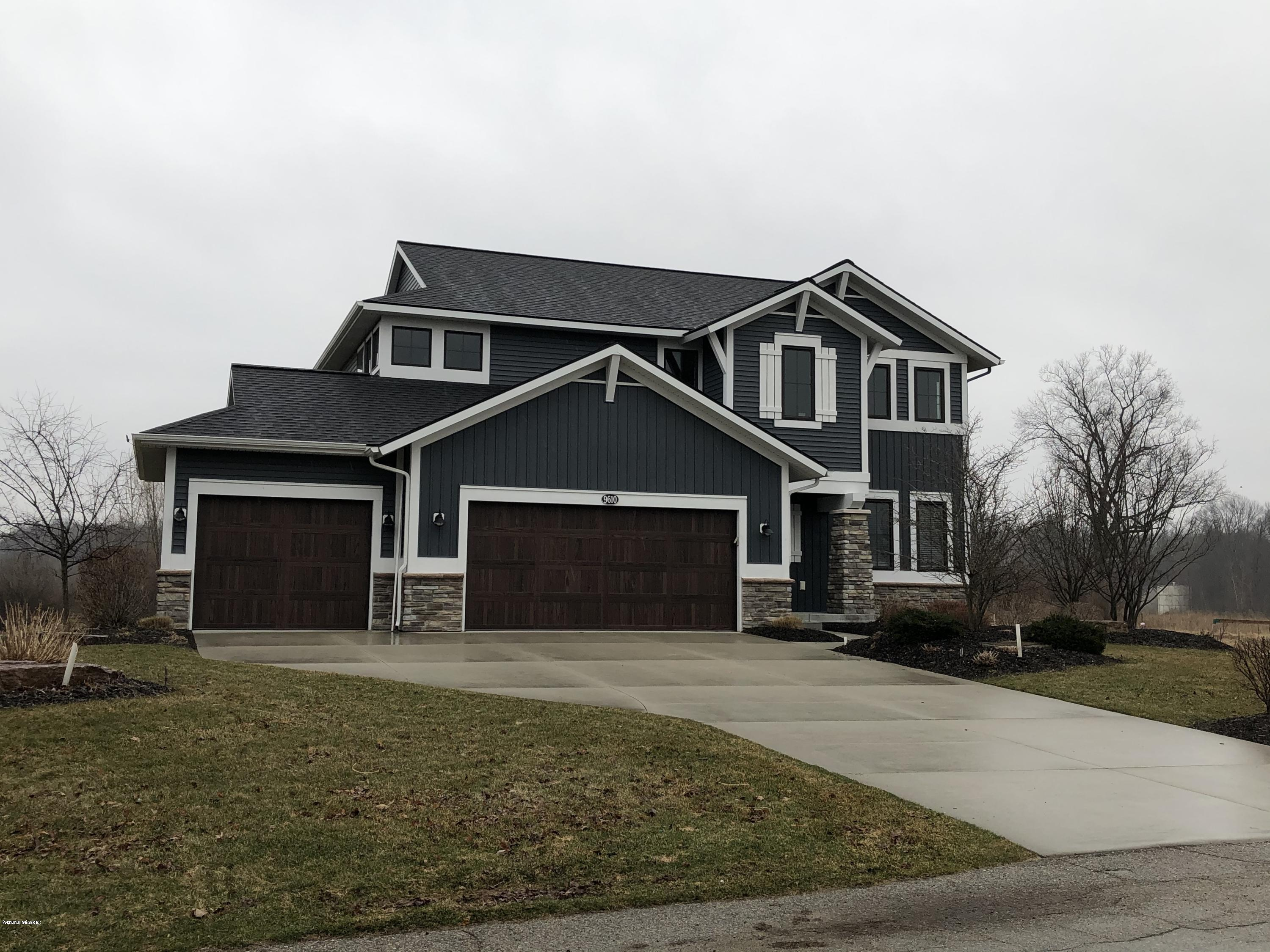 9610 Sunset Ridge Drive NE, Rockford, MI 49341