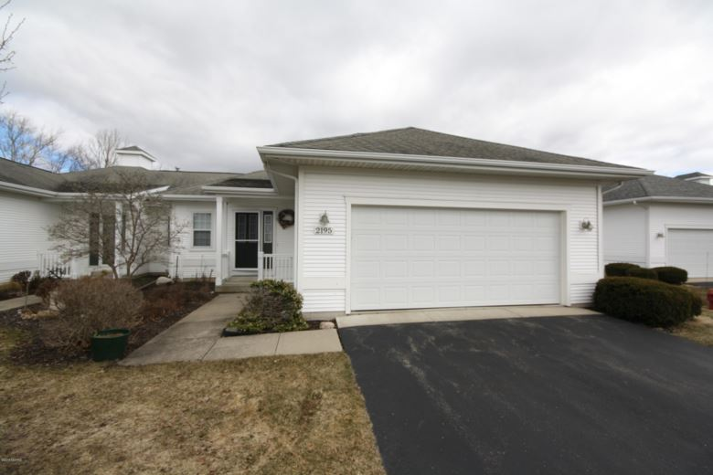 2195 Boardwalk Court, 3B, Wayland, MI 49348