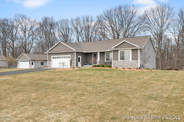 2823 Cottontail Run, Dorr, MI 49323