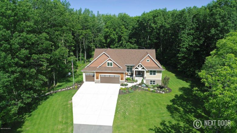 5135 Hide Away Lane, Hudsonville, MI 49426