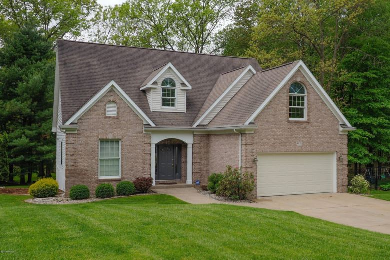 4696 Forest Creek Drive, Kalamazoo, MI 49009