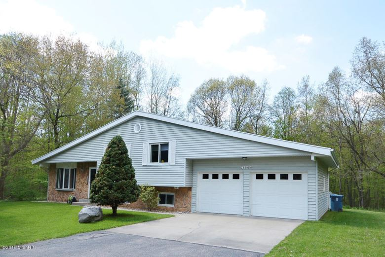 9104 Nature Way Way, Kalamazoo, MI 49009