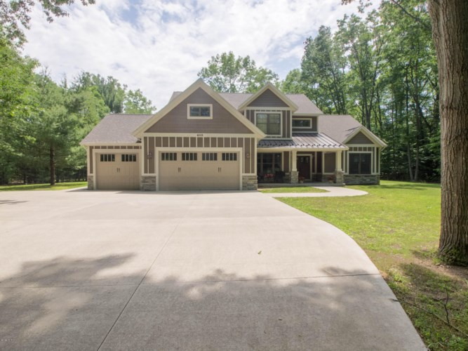 6019 S Scenic Woods Circle, Muskegon, MI 49445