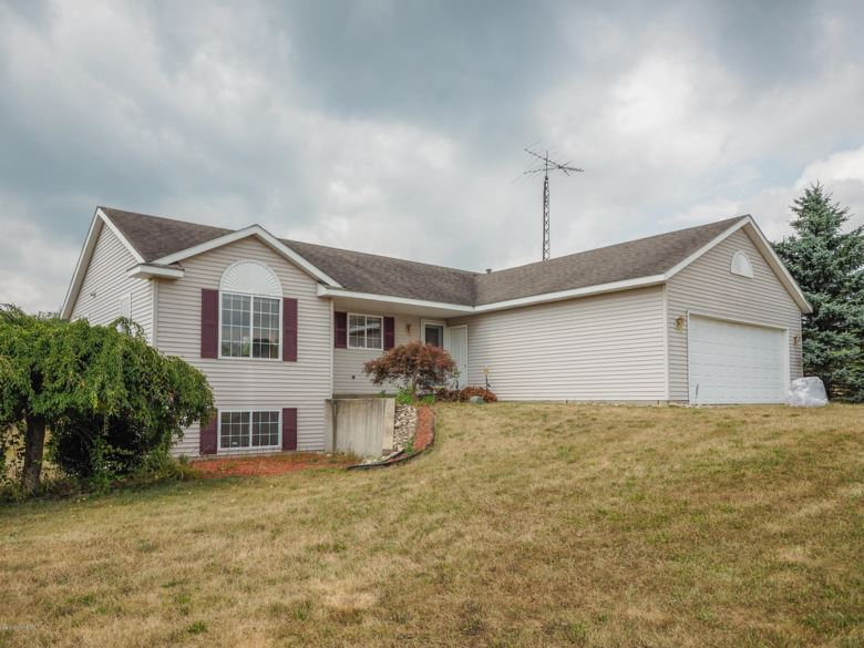 7365 N 35th Street, Richland, MI 49083