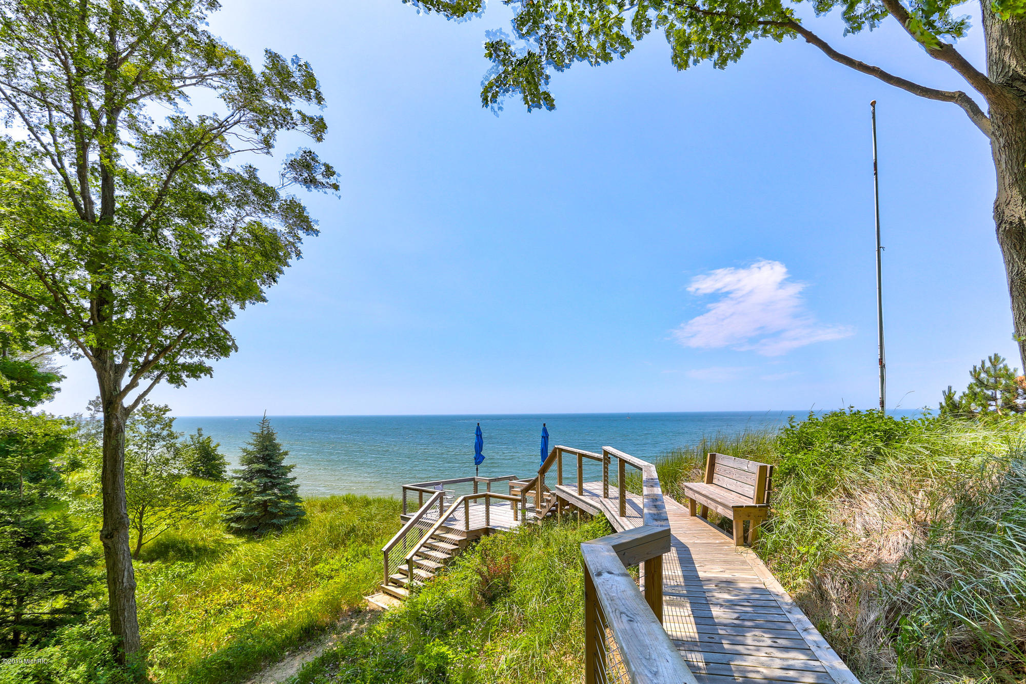 17361 Beachview Drive, West Olive, MI 49460