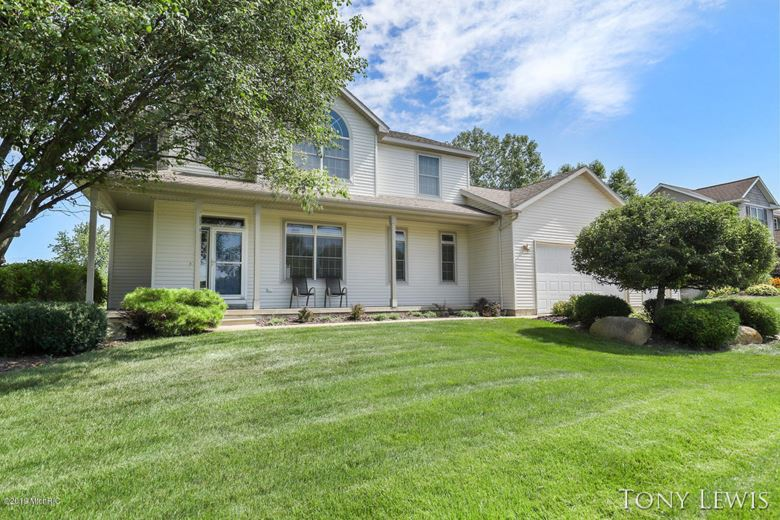 7822 Golf Meadows Drive, Caledonia, MI 49316