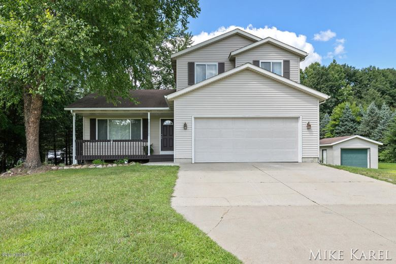 4063 Rabbit River Drive, Hamilton, MI 49419