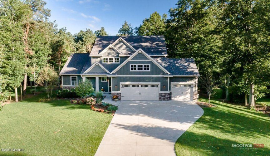 16935 Mapleridge Drive, West Olive, MI 49460