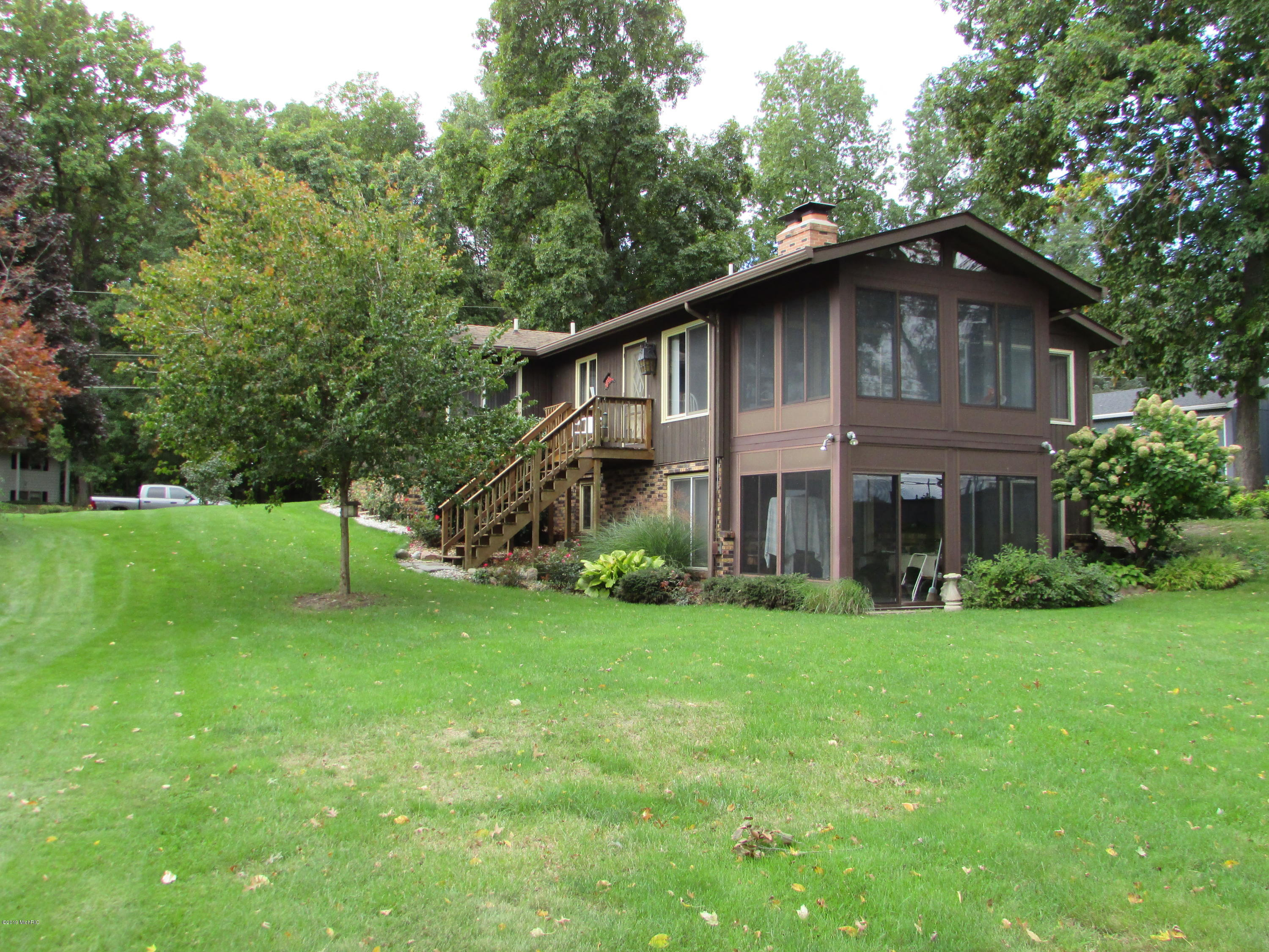 7988 Greenfield Shores Drive, Scotts, MI 49088
