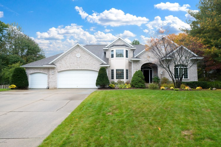 1643 Glenboro Court SW, Wyoming, MI 49519