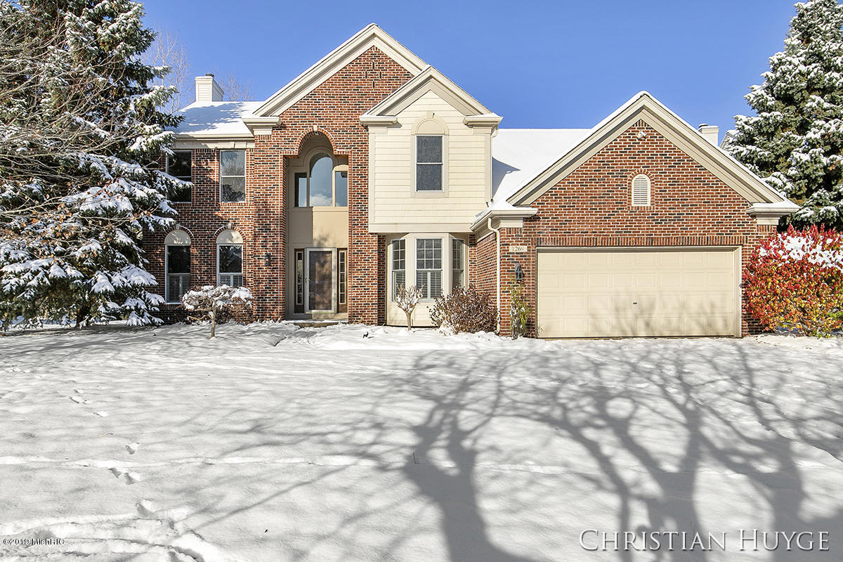 1269 Apple Creek Drive SE, Kentwood, MI 49546