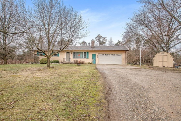 8406 S 38th Street, Scotts, MI 49088