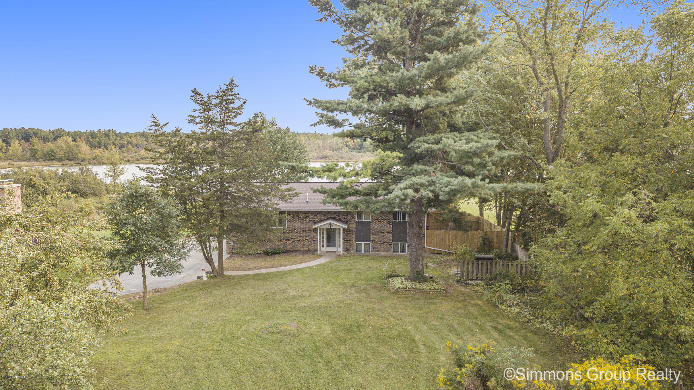 72 Indian Lakes Road NE, Sparta, MI 49345