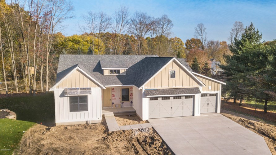 5840 Hoffman Court SW, Wyoming, MI 49418