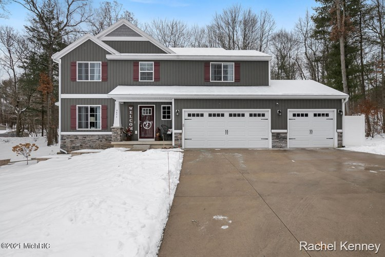 3674 Crowning Edge Court, Cedar Springs, MI 49319