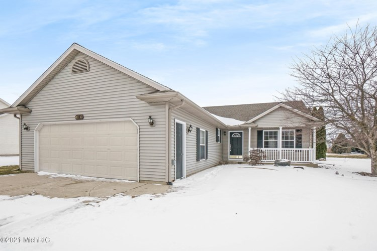 8918 Grapeholly Street, Scotts, MI 49088