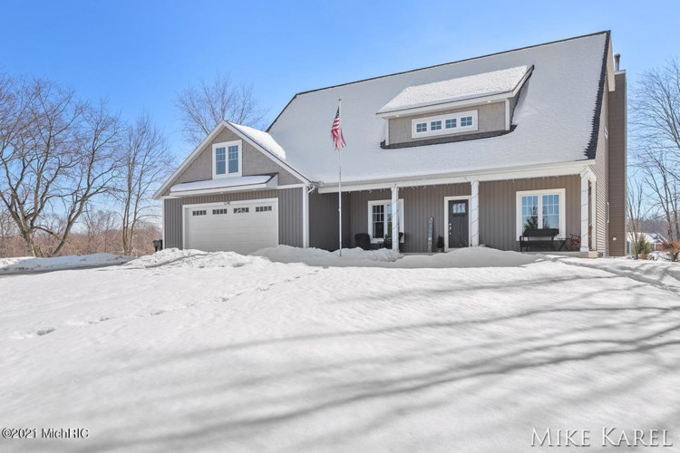 5240 Hidden Woods Lane, Hudsonville, MI 49426