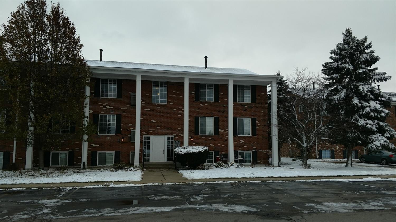 507 West Highland D-8  , Howell, MI 48843