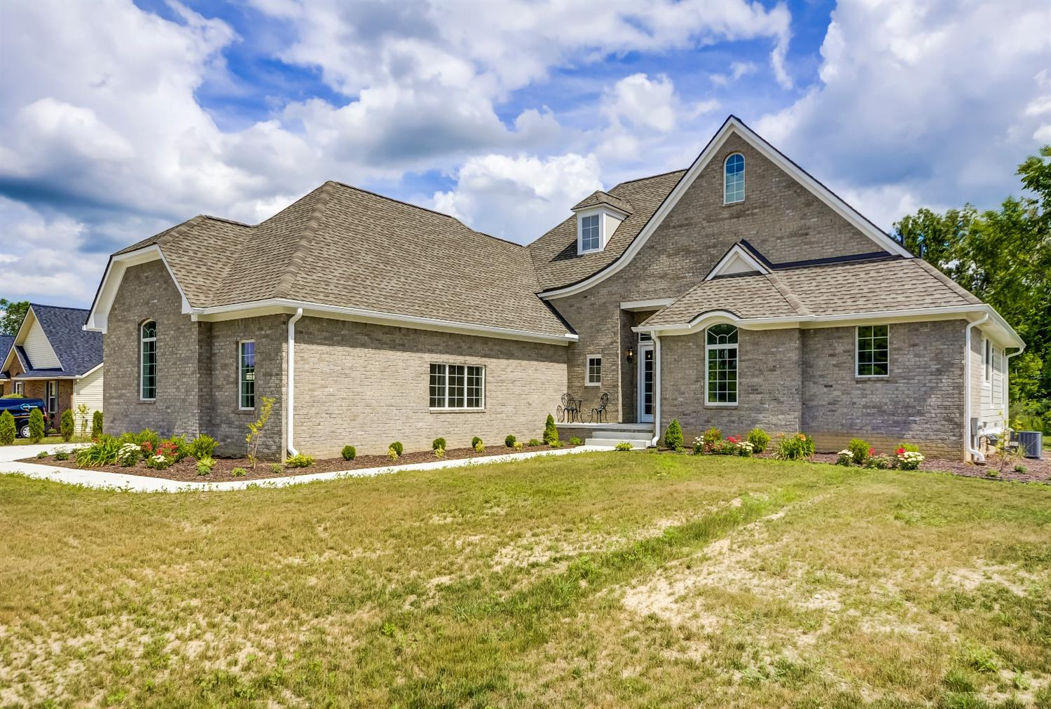 281 Marion Meadows Drive , Howell, MI 48843