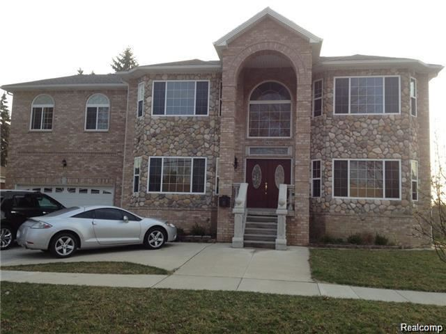 6011 HIGHVIEW, Dearborn Heights, MI 48127