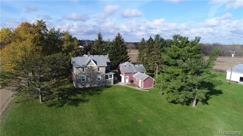 3680 W MARR W. Road, Howell, MI 48855
