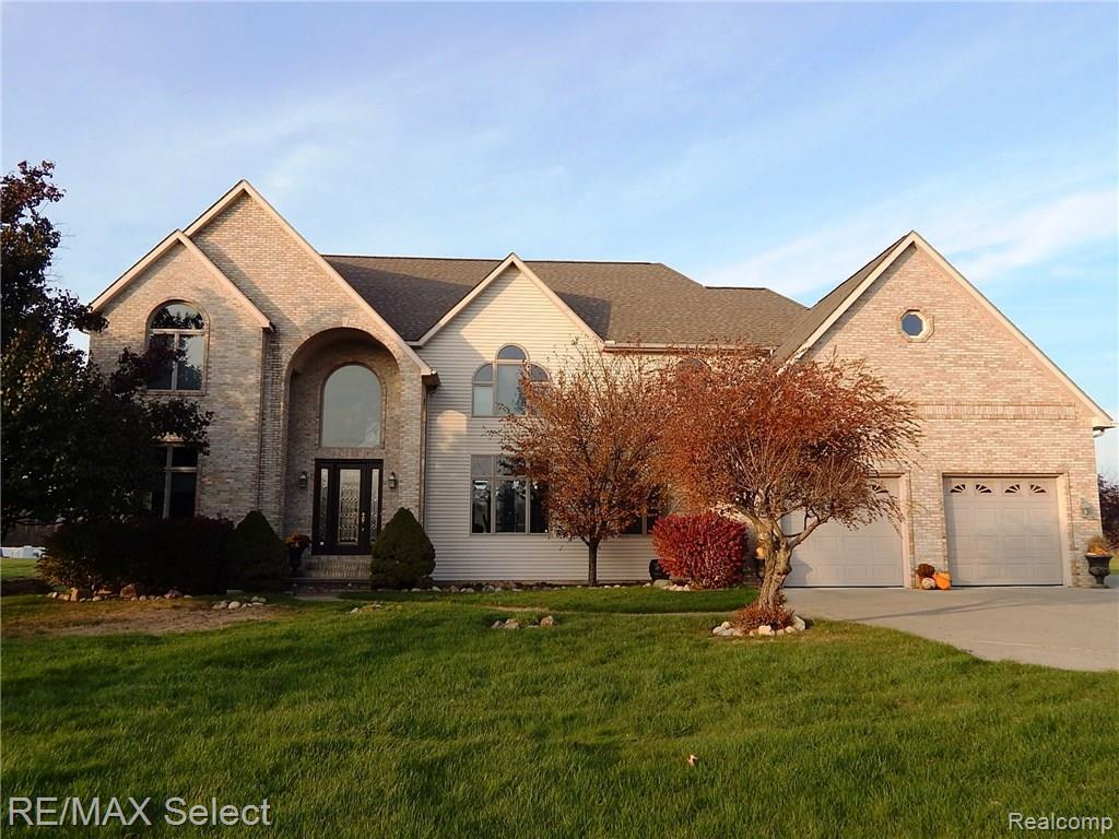 6096 GRAND BLANC Road, Swartz Creek, MI 48473