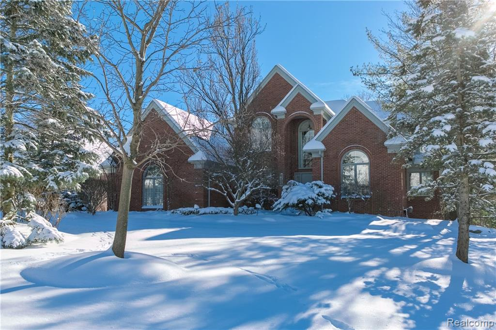 35349 Stratton Hill Court, Farmington Hills, MI 48331