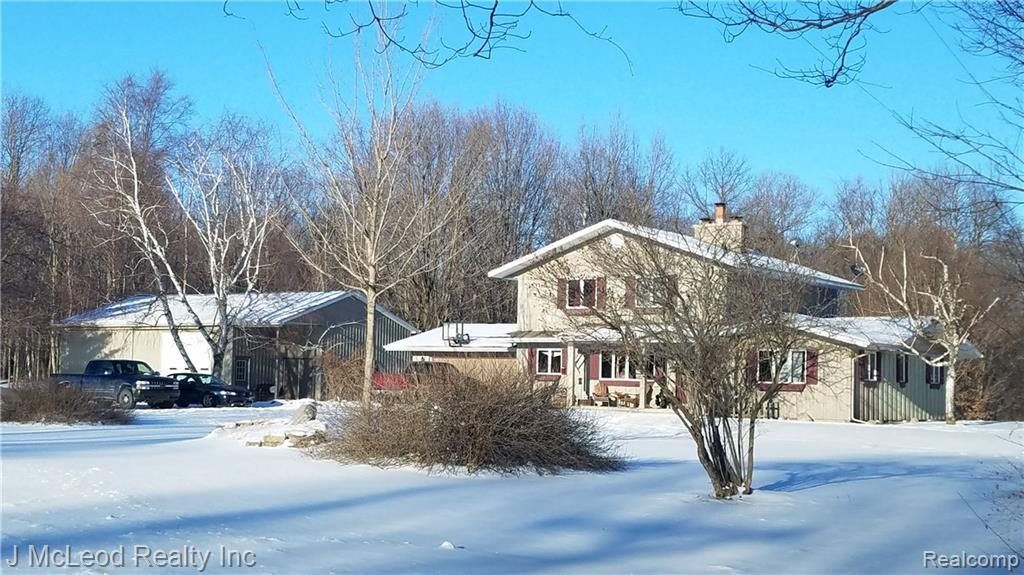 7633 BARKLEY Road, Vassar, MI 48768