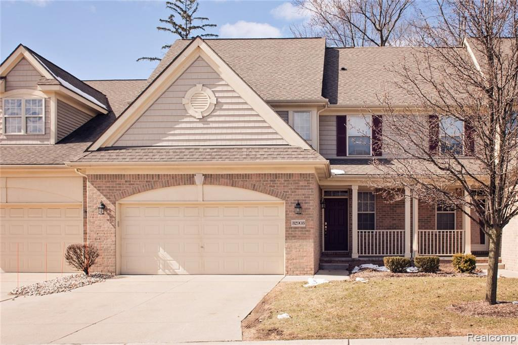 32903 BROOKSIDE Circle, Livonia, MI 48152