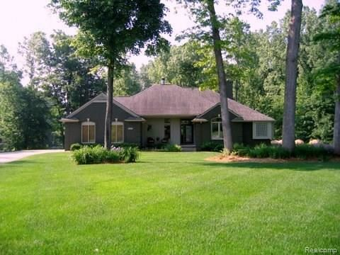 6209 BRANDON Court, White Lake, MI 48383