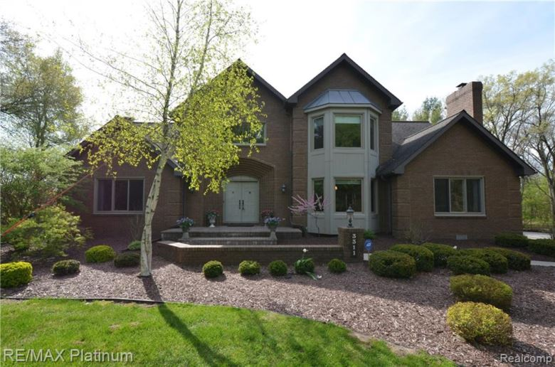 3311 MERROW Lane, Howell, MI 48843