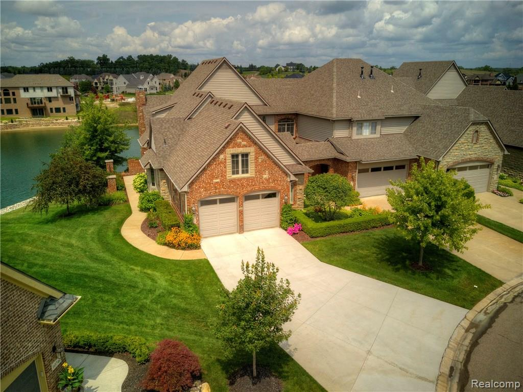 10721 Waterfall Court, South Lyon, MI 48178