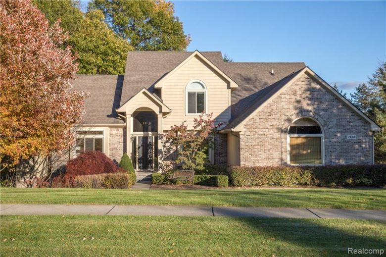 7648 RED OAK VALLEY Drive, Clarkston, MI 48348