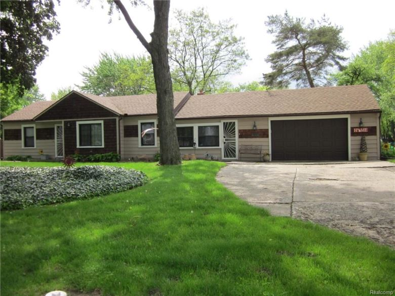 30021 DEQUINDRE Road, Madison Heights, MI 48071