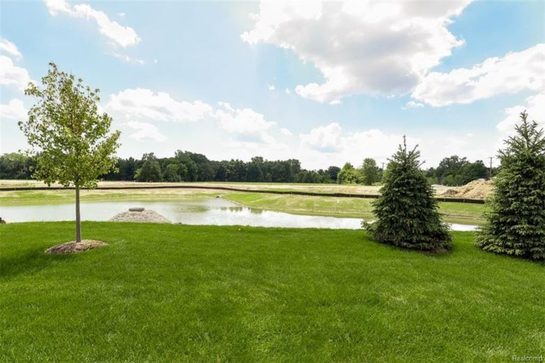 4275 MERRIWEATHER Court, Canton, MI 48188