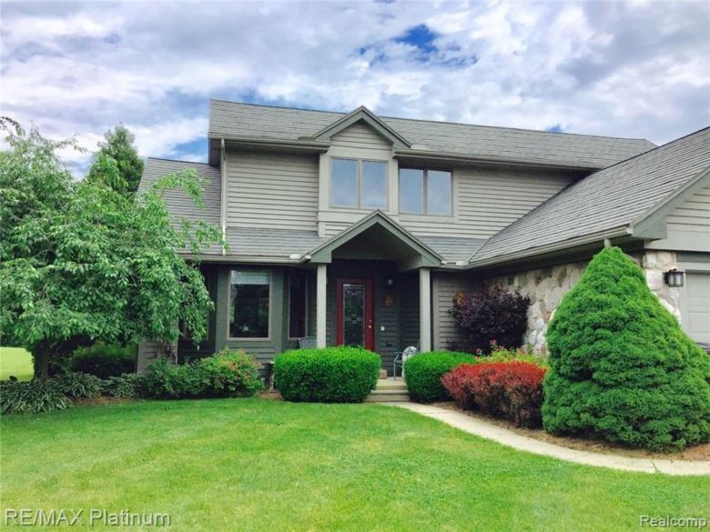 10533 CEDAR RIVER ESTATES Drive, Fowlerville, MI 48836