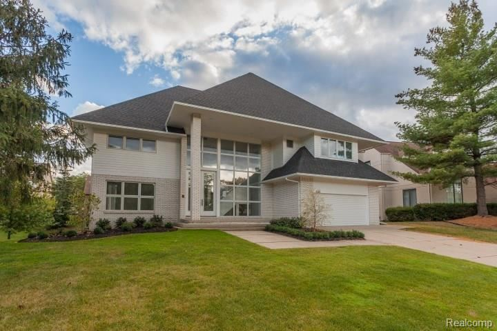 4128 AUTUMN RIDGE Drive, West Bloomfield, MI 48323