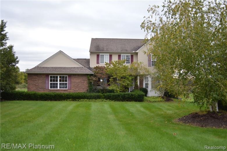 2817 WHEAT VALLEY Drive, Howell, MI 48843