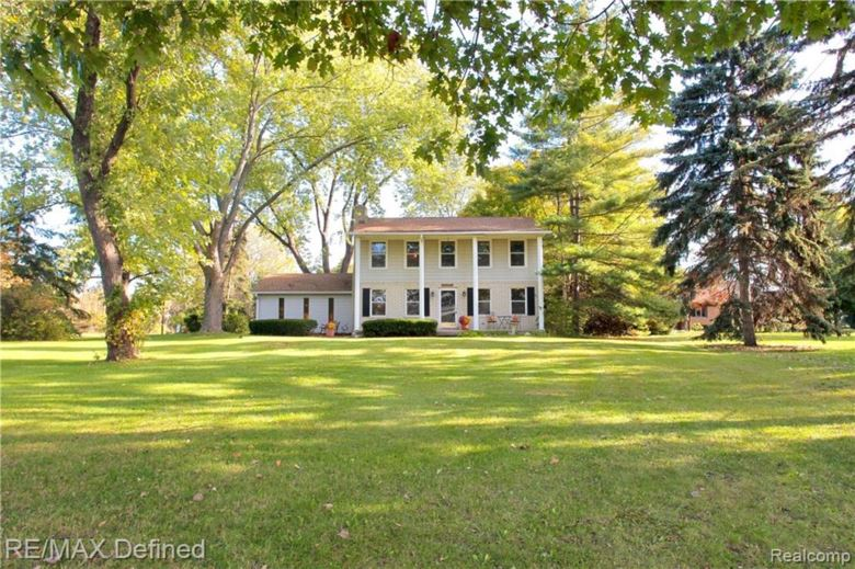 41930 UTICA Road, Sterling Heights, MI 48313