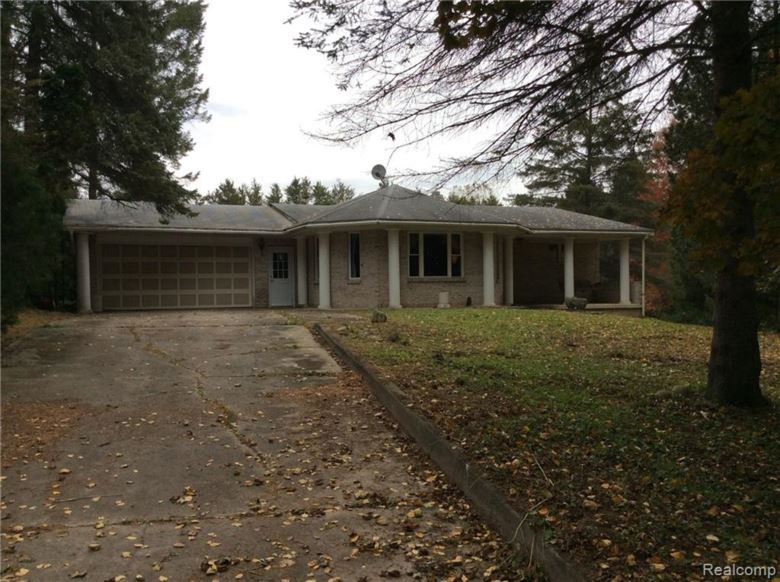 5411 E Frances Road, Mt Morris, MI 48458