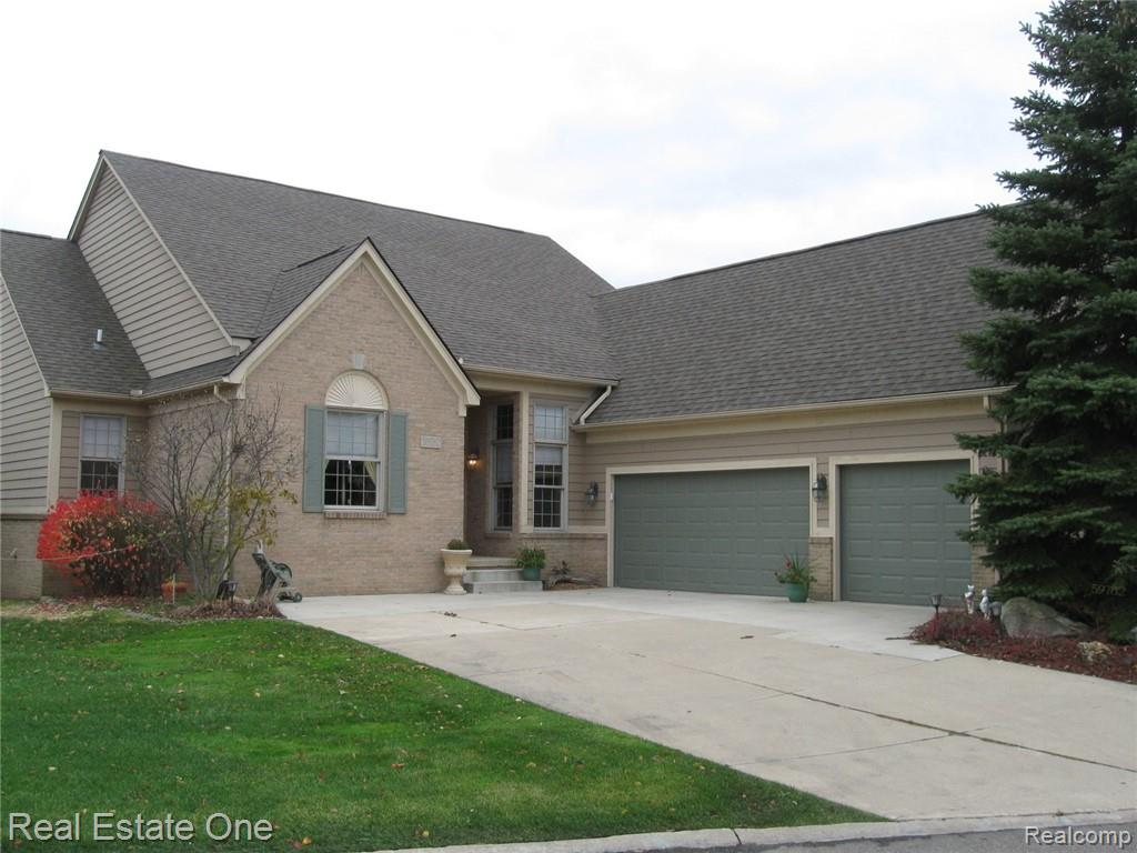 59782 GLACIER PINES, Washington, MI 48094