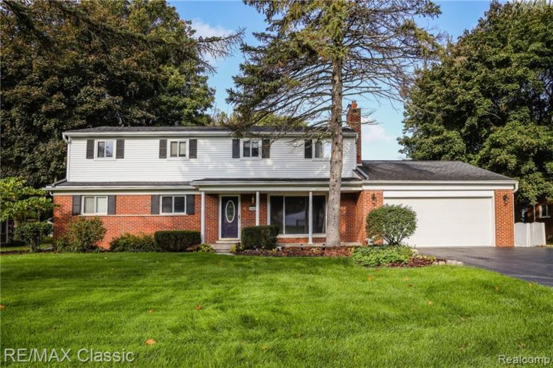 28429 RIDGEBROOK Road, Farmington Hills, MI 48334