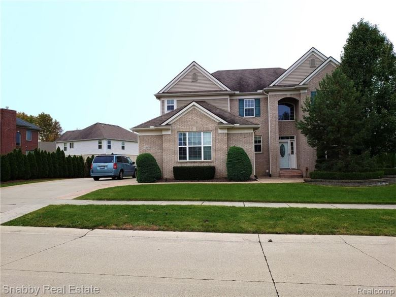 42608 BEECHWOOD Drive, Sterling Heights, MI 48314