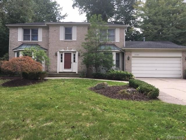 37581 EMERALD FOREST Drive, Farmington Hills, MI 48331