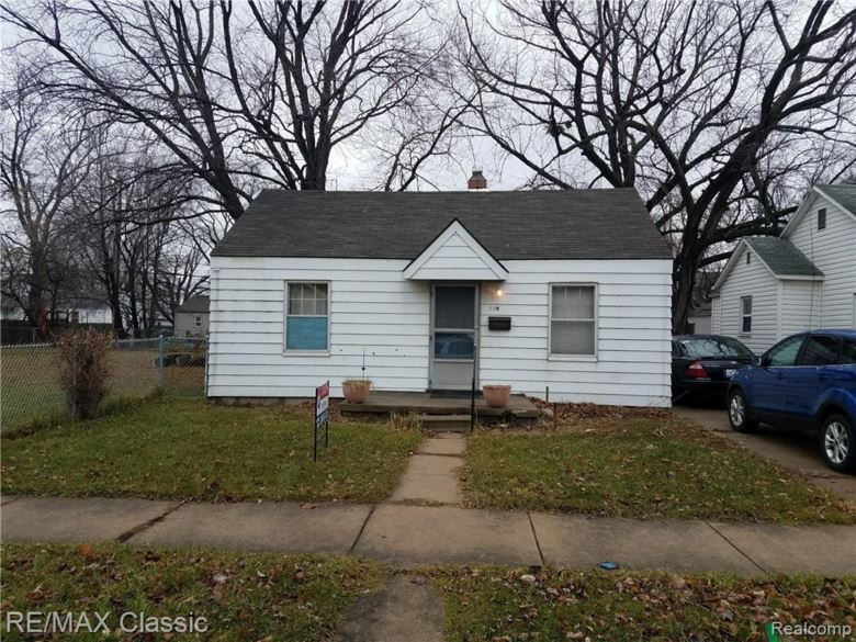 119 E BRICKLEY Avenue, Hazel Park, MI 48030