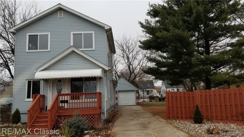 11075 ESSEX Avenue, Warren, MI 48089
