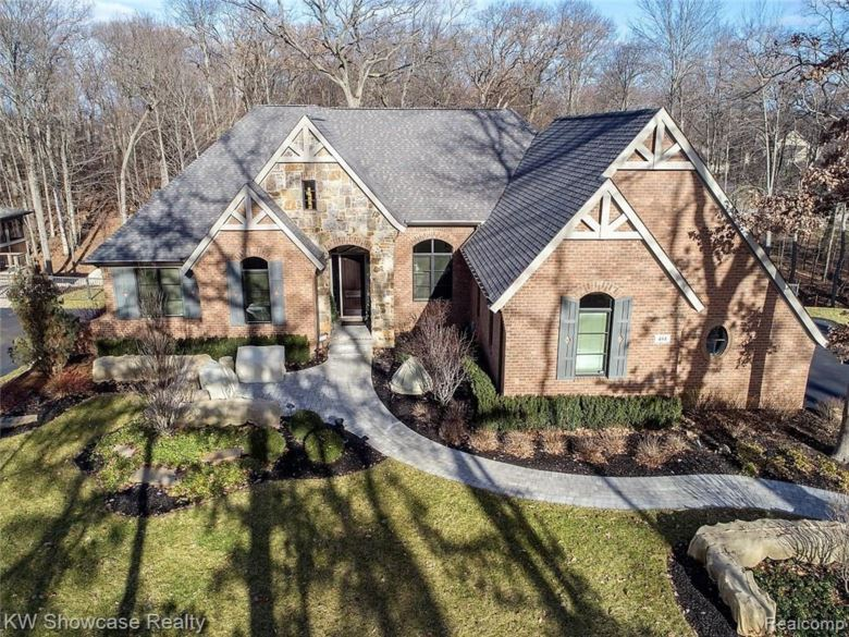 484 W OAKLEY PARK Road, Commerce Twp, MI 48390