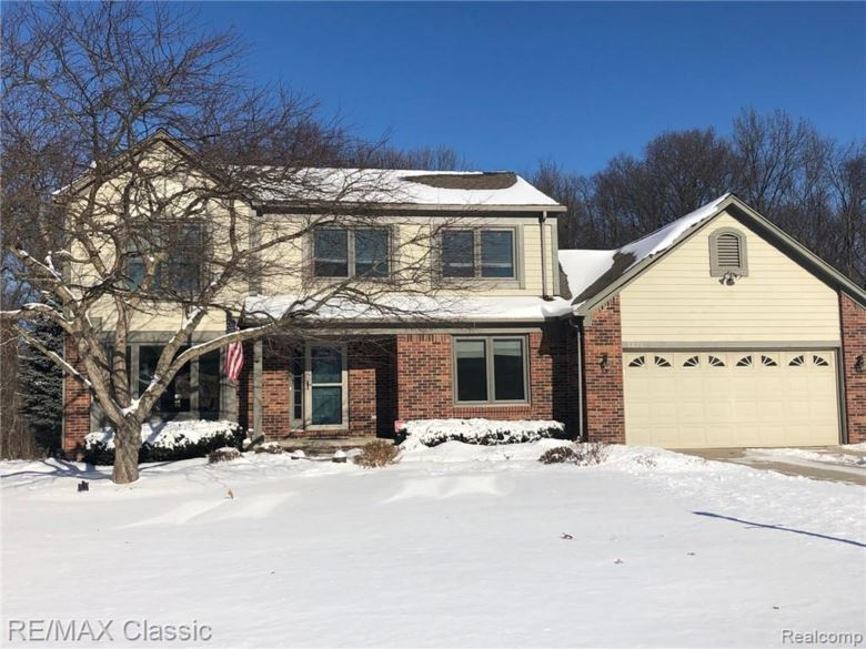 8876 WINTERCOVE Drive, Commerce Twp, MI 48382