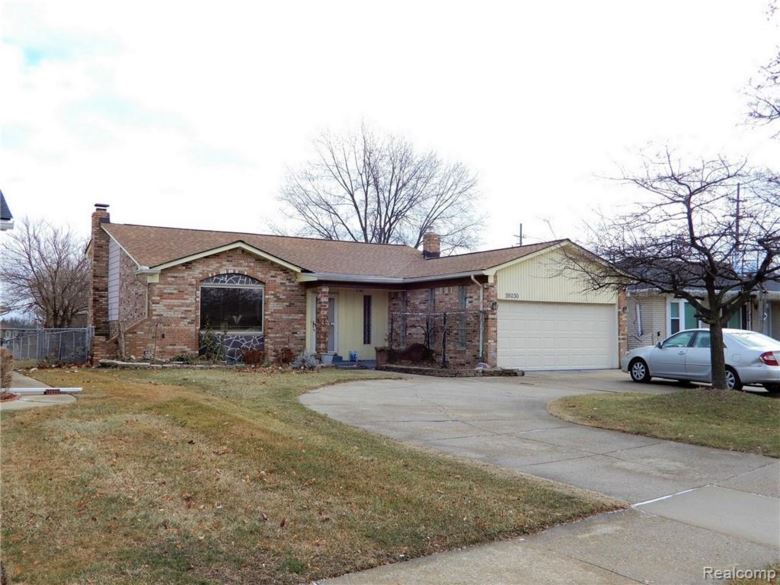 39030 PINEBROOK Drive, Sterling Heights, MI 48310